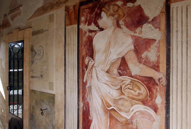 Les fresques artistiques du Mas des Anges